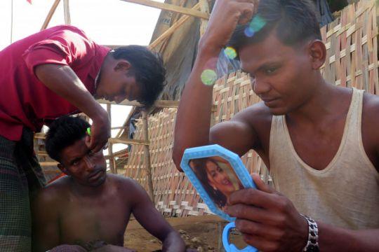 Myanmar akan adili aparat pembantai penduduk desa Rohingya