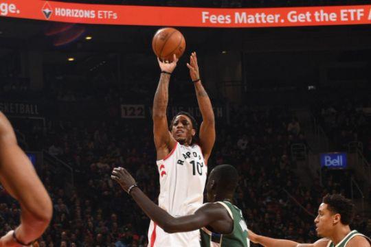 DeRozan pecahkan rekor, Raptors hantam Bucks 131-127