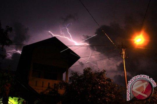 BMKG: Kaltara diguyur hujan pada malam hari disertai petir