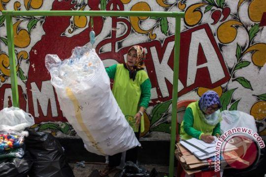 Bank Sampah solusi permasalahan di kota-desa
