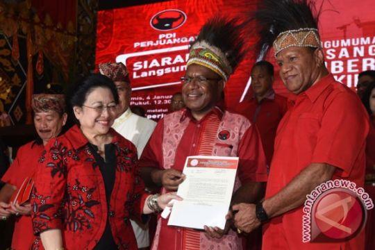 Megawati umumkan empat pasang cagub-cawagub PDIP