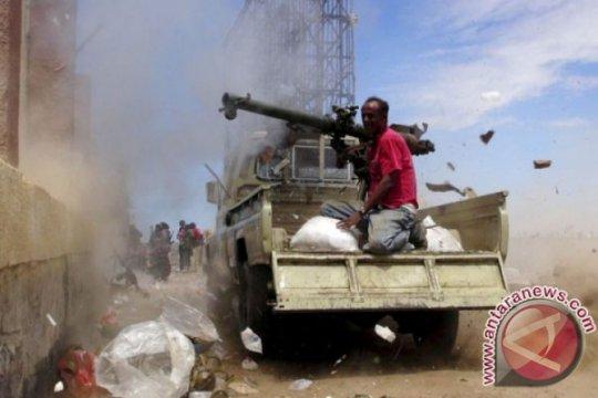 Bentrokan berlanjut di Aden, Yaman, sementara PBB serukan dialog