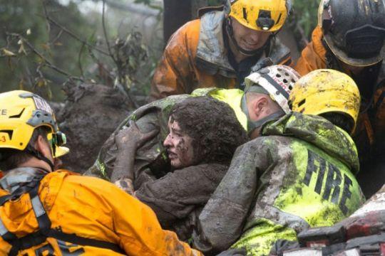 Tebing longsor di pantai California telan korban jiwa