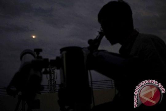 Pengamatan gerhana bulan ukur kadar polusi cahaya