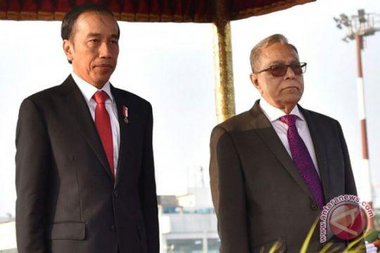 Presiden Jokowi tiba di Bangladesh