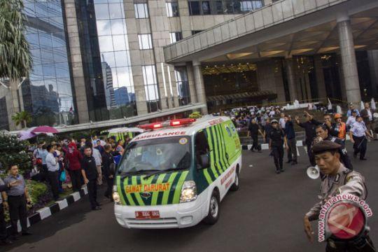 Menristekdikti besuk mahasiswa korban runtuhnya selasar BEI