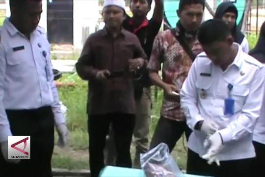 BNNP Sultra Musnahkan 810 Gram Ganja Kering