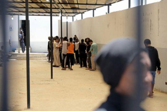 Ratusan pengungsi terjebak di Libya