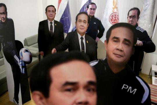 PM Thailand gunakan karton bergambar diri hindari pertanyaan wartawan