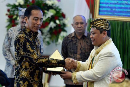 Audiensi Presiden Dengan Raja Dan Sultan