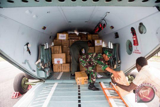 Pesawat Hercules angkut bansos dari Lanud Iswahjudi ke Asmat