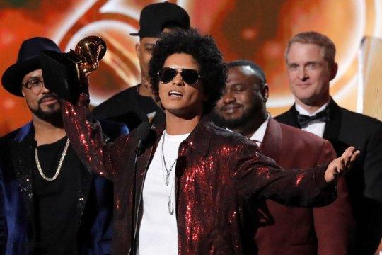 Lagunya dilarang tayang di Indonesia, Bruno Mars buka suara
