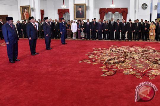 Presiden Jokowi ingin perkuat tim kerja jelang 2019