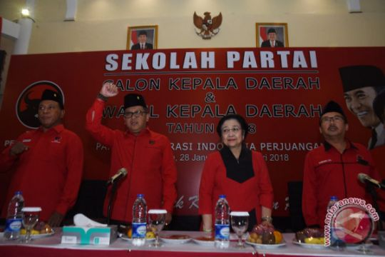 Megawati berpesan pilkada harus gunakan cara beradab