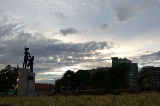 Jakarta berawan sepanjang hari