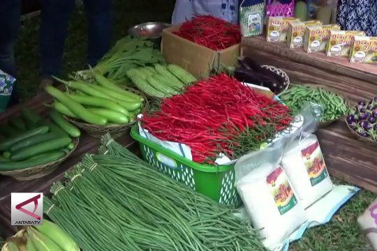 Kenalkan Produk Pertanian Daerah Melalui Pasar Tani