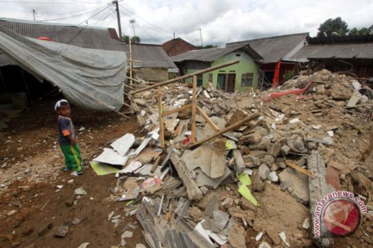 KPAI : 13 sekolah rusak pasca-gempa di Lebak