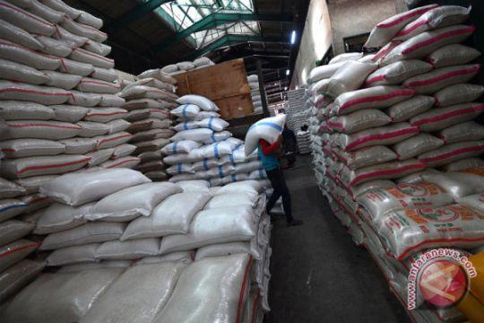 Stok beras di Pasar Induk Cipinang menurun