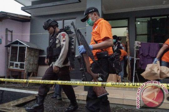 Densus amankan tiga terduga teroris di Solo dan Karanganyar