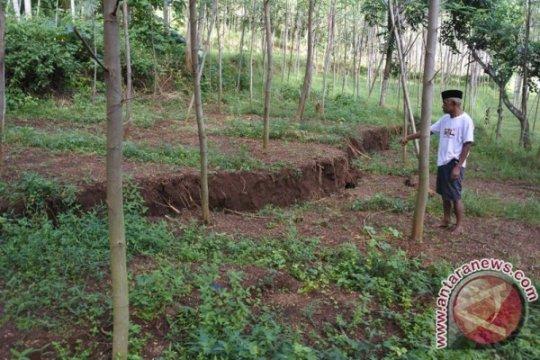 PVMBG sebut retakan tanah di Lebak dapat picu longsor