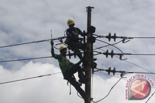 PLN operasikan listrik Gunung Timang 24 jam