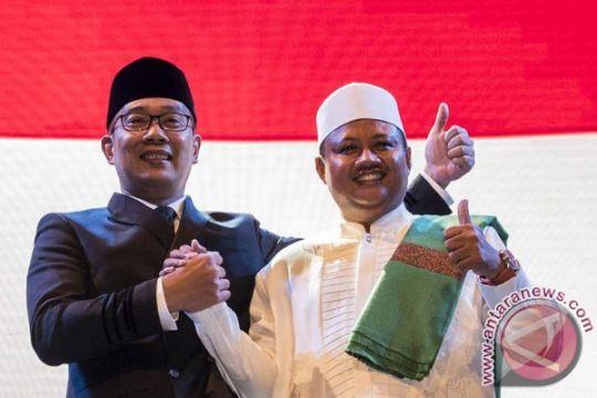 Ridwan Kamil-Uu gelar aksi cukur gratis bagi 2.500 warga Bekasi
