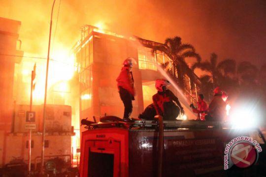 Kebakaran pasar banjarsari pekalongan