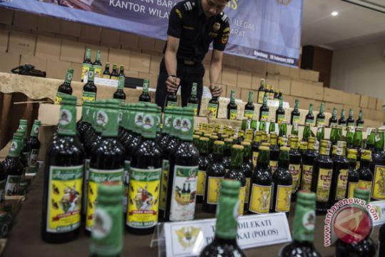 Penindakan Pabrik Minuman Ilegal