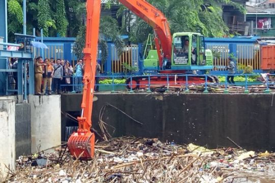 Gubernur Anies: Hujan di Jakarta hanya moderat