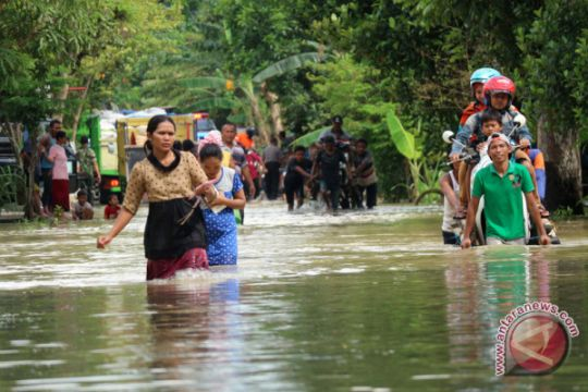 Puluhan desa di Bojonegoro diterjang banjir bandang