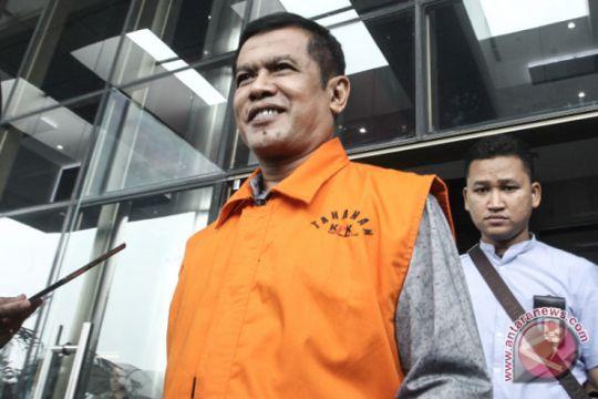 """KPK usut """"upeti"""" dari kadis untuk Bupati Nganjuk Taufiqurrahman"""