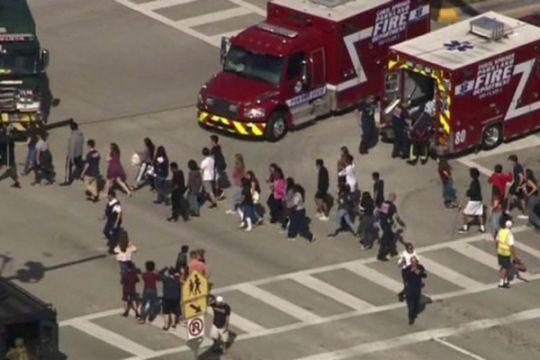 Muslim galang dana untuk korban pembantaian SMA Florida