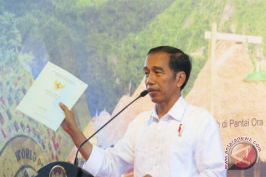 ARTIKEL - Reforma agraria Jokowi dalam euforia dan enigma