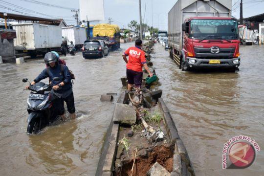 Korban banjir Semarang mulai terserang penyakit