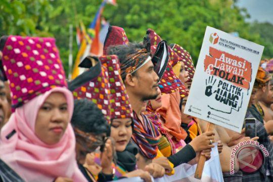 Polisi kawal deklarasi kampanye damai calon gubernur
