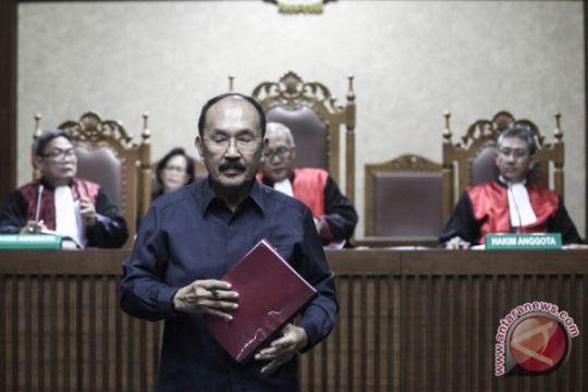Fredrich Yunadi bantah seluruh dakwaan KPK