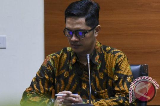 KPK periksa keponakan Novanto untuk tersangka Fayakhun