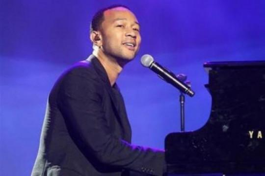 """John Legend nyanyikan """"Imagine"""" via video pada pembukaan Olimpiade"""