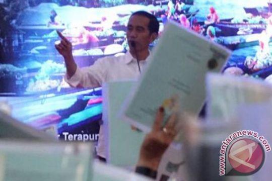 Pertama kalinya berjabat tangan dengan Presiden Jokowi, Dadang gemetar