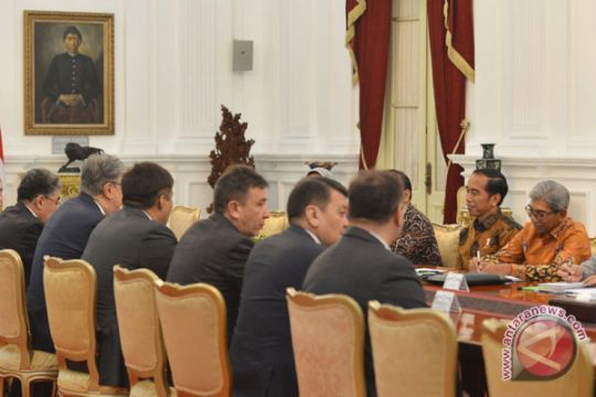 Presiden menerima kunjungan Parlemen Kazakstan
