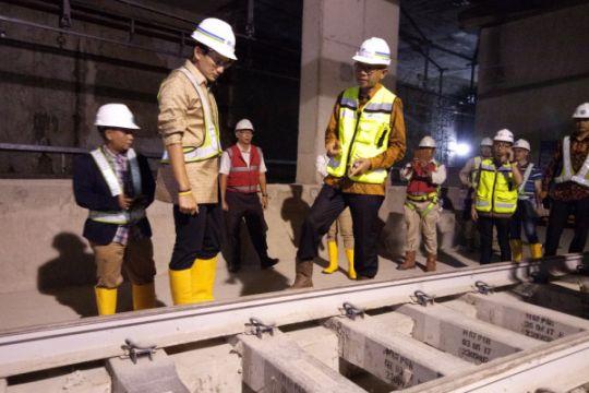 Sandiaga tinjau pembangunan proyek MRT fase satu