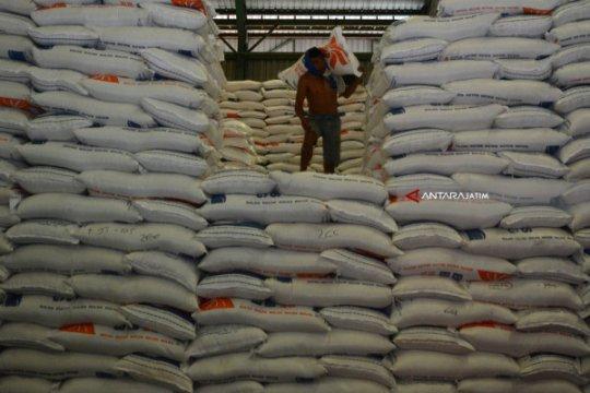 Pemerintah kaji peraturan cadangan beras