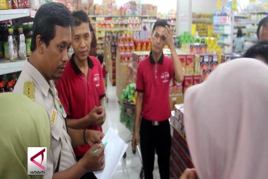 BBPOM Semarang sidak ikan kaleng ke toko swalayan
