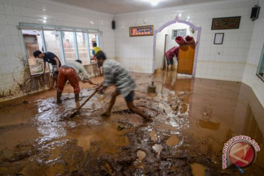 Warga terdampak banjir bandang Cicaheum butuh pasokan air