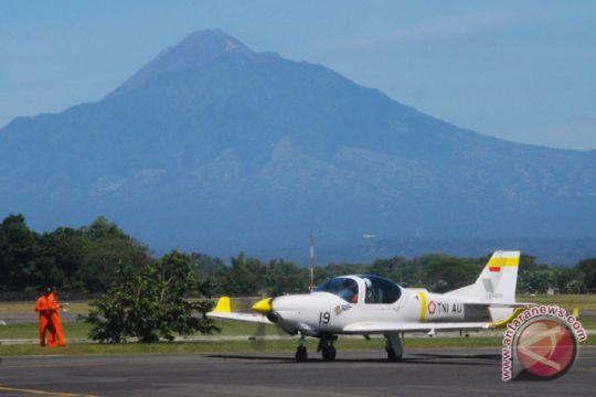 Bandara Adi Soemarmo ditutup akibat letusan Merapi