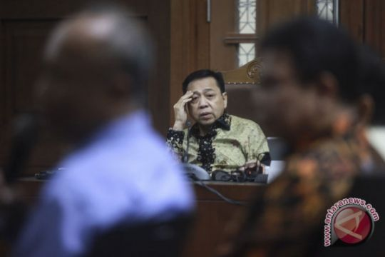Saksi katakan Fredrich Yunadi ingin diagnosis Setya Novanto kecelakaan