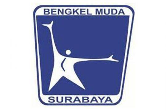Cara komunitas seniman Surabaya peringati Hari Puisi Dunia