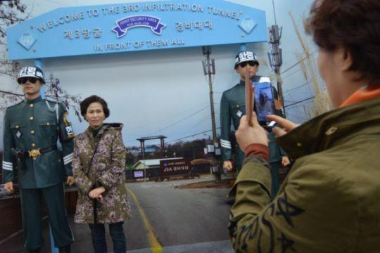 ARTIKEL - Mengintip Korea Utara dari perbatasan