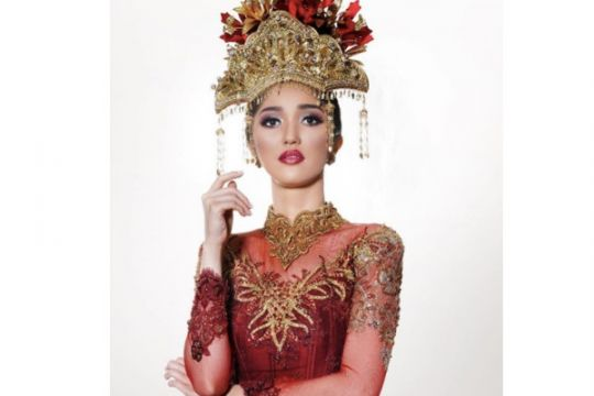 Puteri Indonesia tanam bibit pohon pelawan di Namang