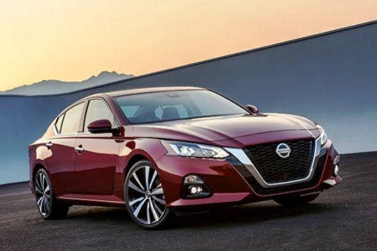 Nissan Altima terbaru meluncur di tengah penurunan sedan di AS